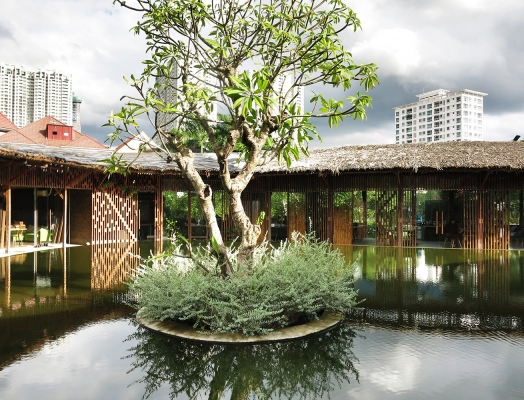 "T3 Architects' ""office"" in a garden in Ho Chi Minh City"